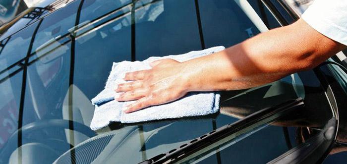 washing car sparkling water