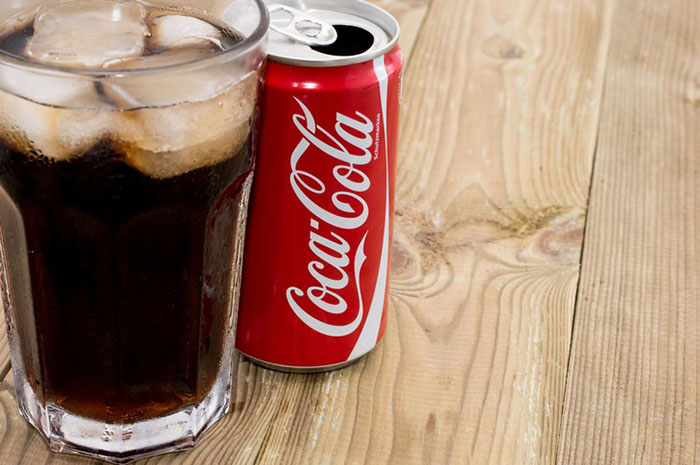 This is what Diet Coke does to your body in just one hour