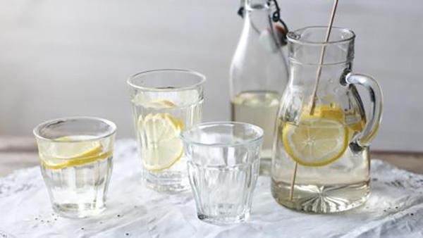 low calorie content drinks